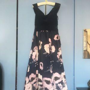 Xscape Gown Sz12
